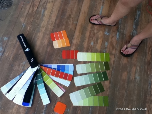 choosing the right color for a porch
