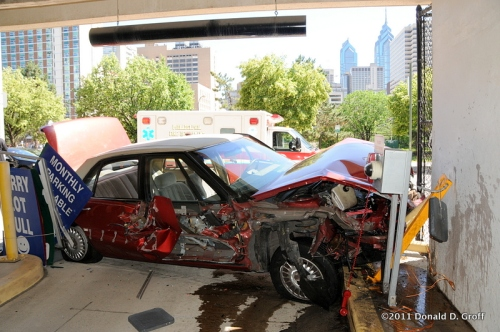 Buick crashes into parking garage on Callowhill west of 15th Street